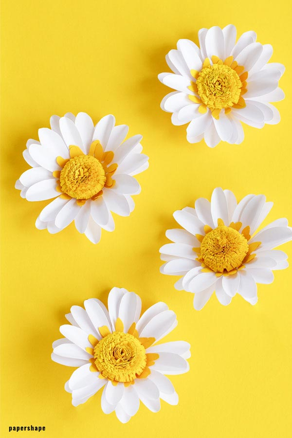 How to make paper daisy flowers with template #paperflowers #papercraft #homedecor #paperdaisy