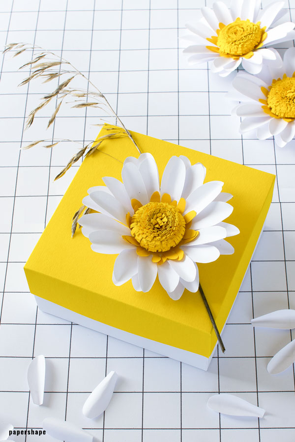 DIY paper daisy flowers with template #papercraft #paperflowers #paperdaisy