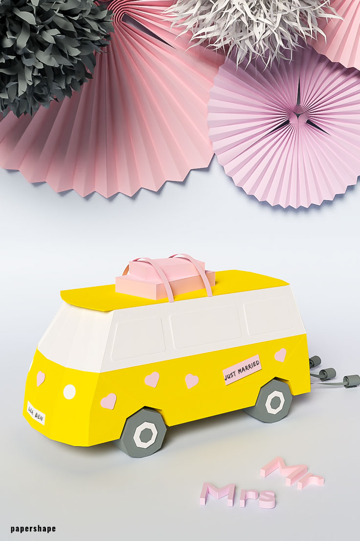 How to make a cool wedding gift for bride and groom: DIY papercraft van with old-school suitcases for all the money #weddinggift #diy #papercraft #cashgift