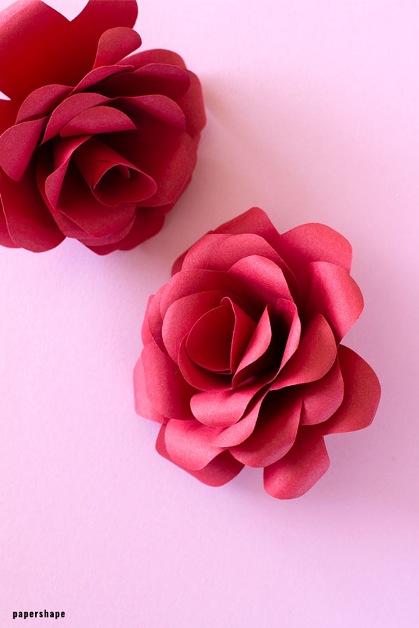 Learn how to make paper roses #paperflowers #papercraft #mothersday