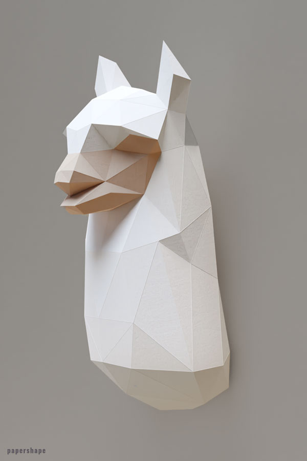 Papercraft llama Make your own wall art #papercraft #diy #wallart #papershape #llama #alpaca